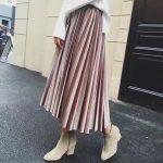 klostuotas veliurinis sijonas